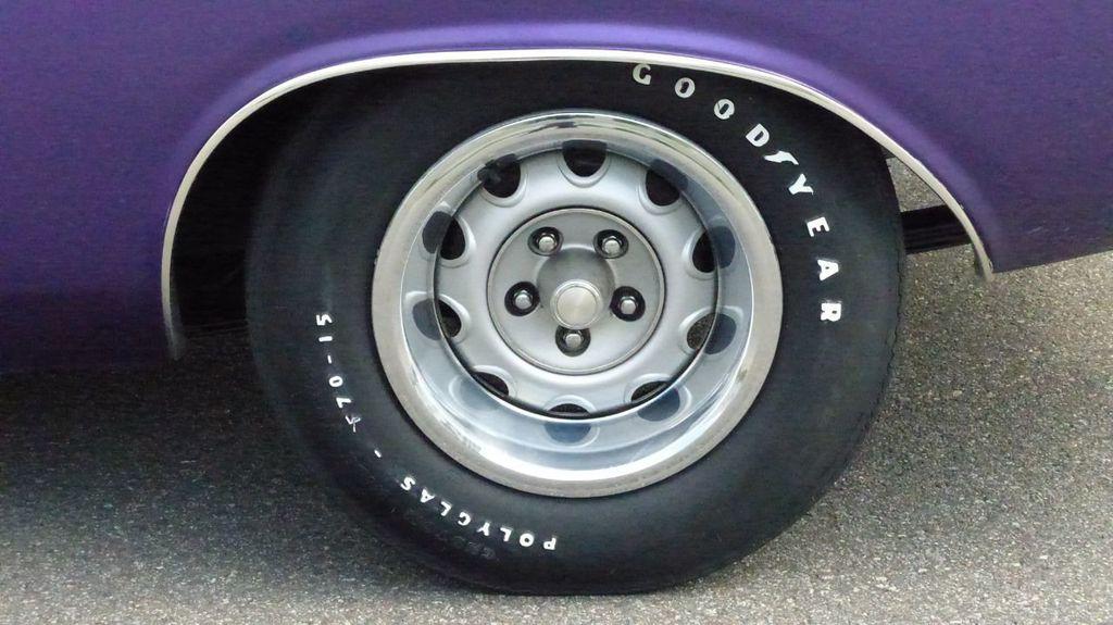 1970 Dodge Challenger R/T  - 18908445 - 62