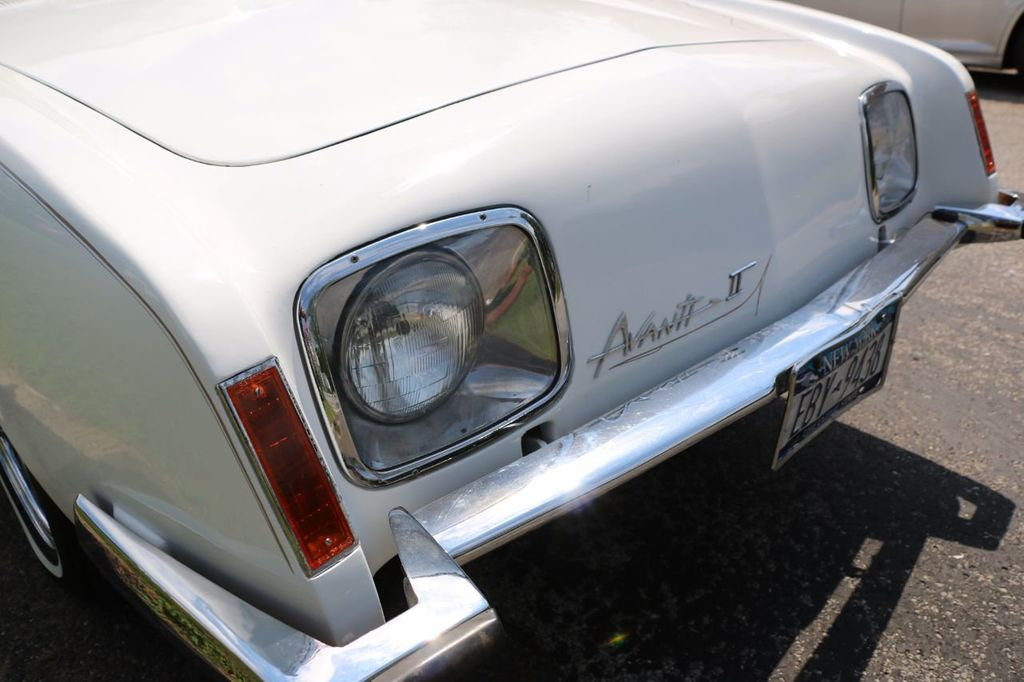 1970 Studebaker Avanti II - 16702486 - 23