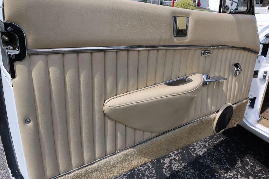 1970 Studebaker Avanti II - 16702486 - 34