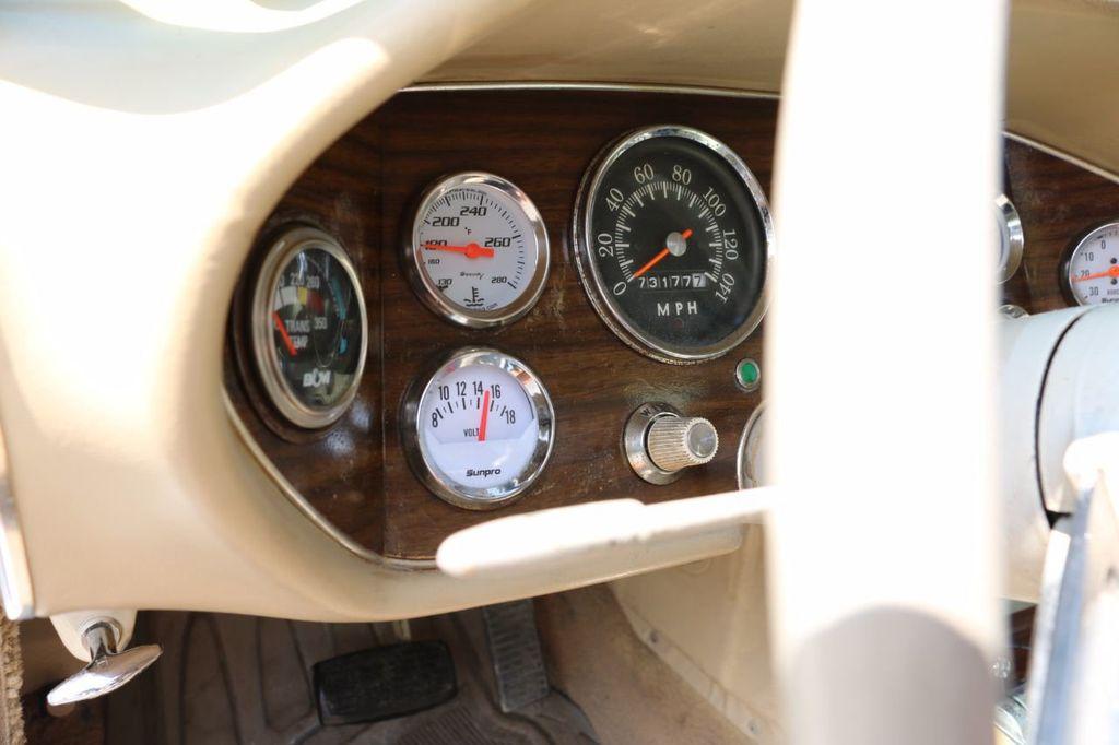 1970 Studebaker Avanti II - 16702486 - 38
