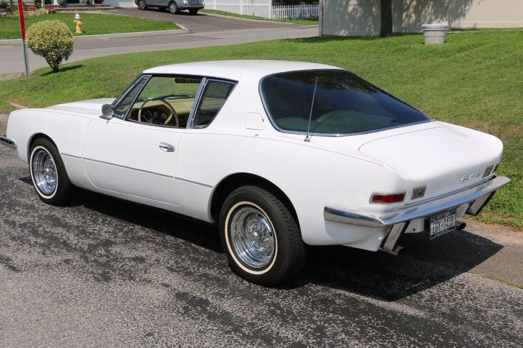 1970 Studebaker Avanti II - 16702486 - 3
