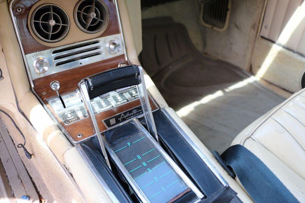 1970 Studebaker Avanti II - 16702486 - 45