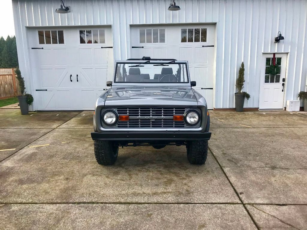 1971 Ford Bronco 302 V8, 3spd, All New Interior and Paint - Choice of Top - 16680989 - 3