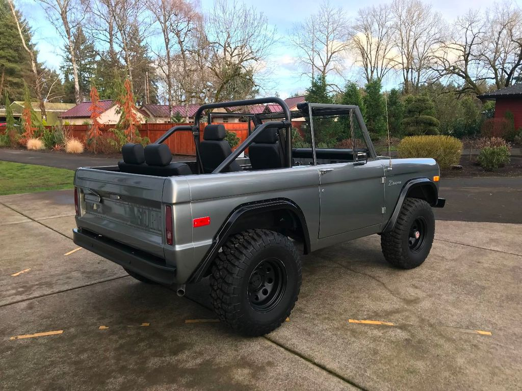 1971 Ford Bronco 302 V8, 3spd, All New Interior And Paint   Choice Of