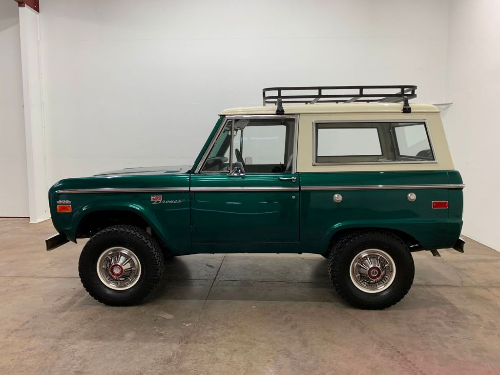 1971 Ford Bronco LUBR! Rebuilt Engine and Trans, PS & Disc Brakes  - 18152134 - 4