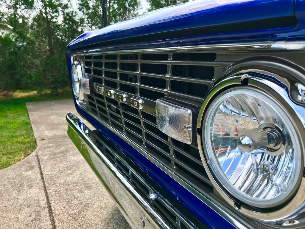 1971 Ford Bronco Show Quality Bronco - Very Straight!  - 17585241 - 16
