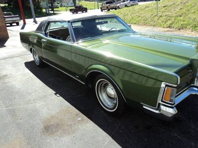 1971 Lincoln Mark III  - Click to see full-size photo viewer