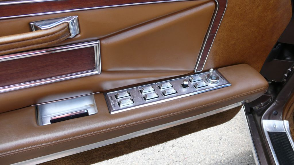 1971 Lincoln MKIII  - 15101716 - 17