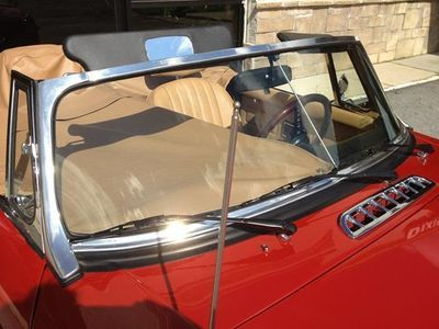 1971 MG MGB SOLD - Click to see full-size photo viewer