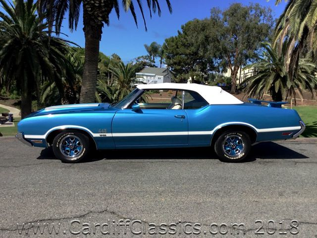 1971 Oldsmobile 442  - Click to see full-size photo viewer