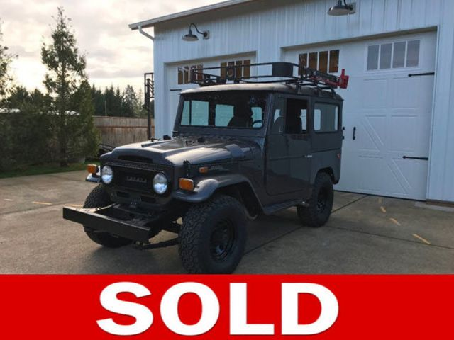 1971 Toyota FJ40 Land Cruiser Fresh Restoration! Power Steering, V8, New Tires and Seats! - 16272440 - 0