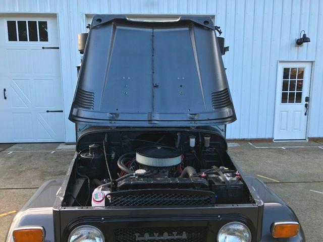 1971 Toyota FJ40 Land Cruiser Fresh Restoration! Power Steering, V8, New Tires and Seats! - 16272440 - 39
