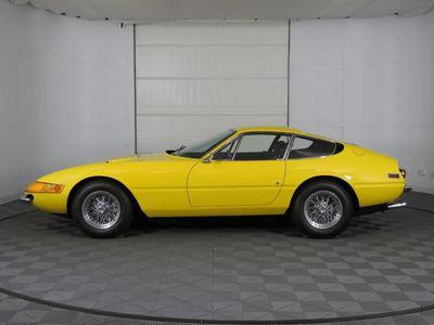 1972 Ferrari Daytona  Coupe - Click to see full-size photo viewer