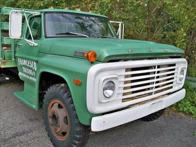1972 Ford 600 Rack Body  - Click to see full-size photo viewer