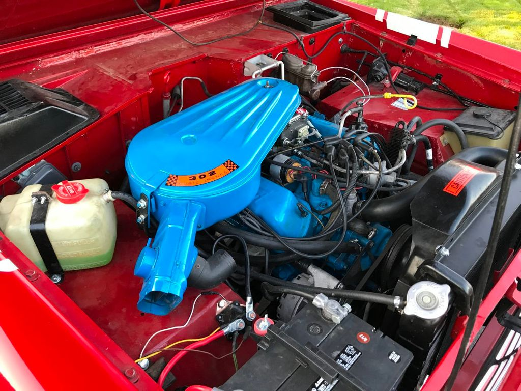 1972 Ford Bronco 302 V8 Uncut, AT, PS and a V8!  - 18007832 - 20