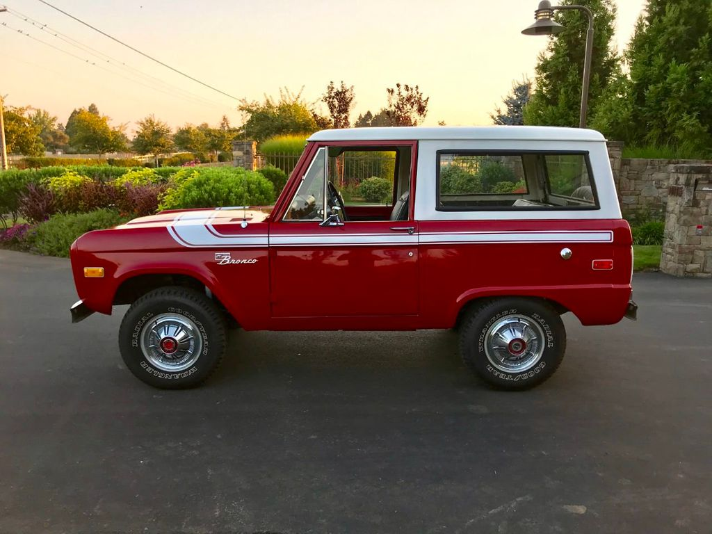 1972 Ford Bronco 302 V8 Uncut, AT, PS and a V8!  - 18007832 - 4