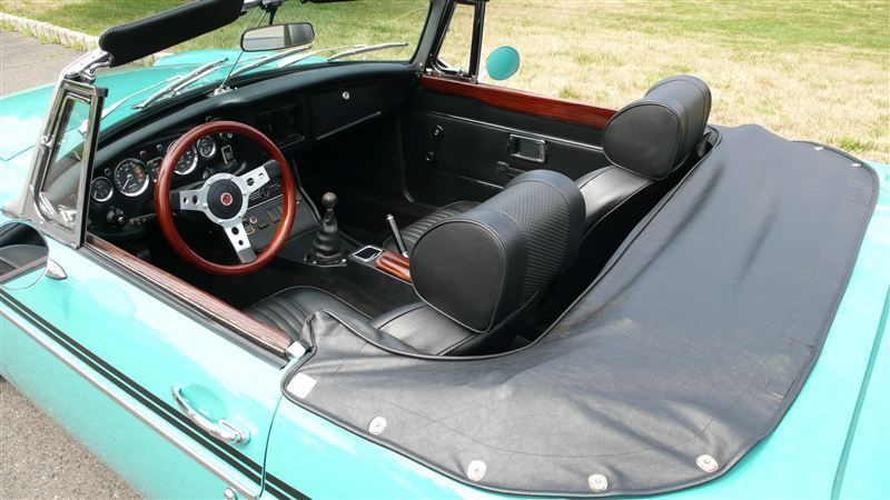 1972 MG MGB SHOW CAR - 9088983 - 50