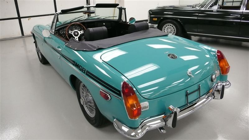 1972 MG MGB SHOW CAR - 9088983 - 60