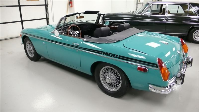 1972 MG MGB SHOW CAR - 9088983 - 61