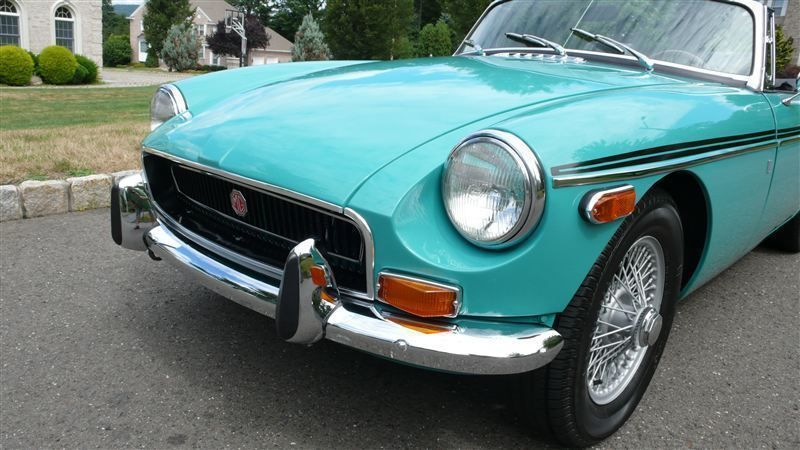 1972 MG MGB SHOW CAR - 9088983 - 6