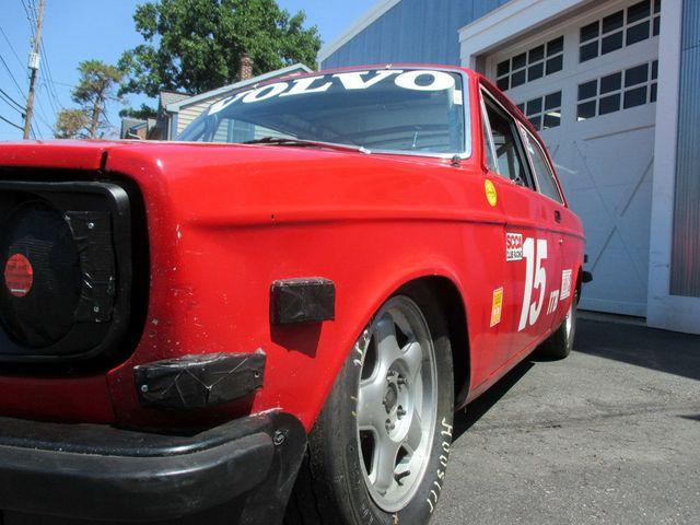 1972 Volvo 142 RACE CAR