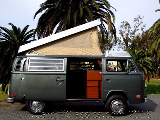 1974 Volkswagen T2 Bus Westfalia Campmobile - Click to see full-size photo viewer