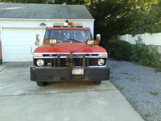 F in addition Img moreover Ford Tow Truck likewise Ton Holmes Twin Boom Wrecker Tow Truck Bed Only No Reserve likewise . on 1975 ford tow truck