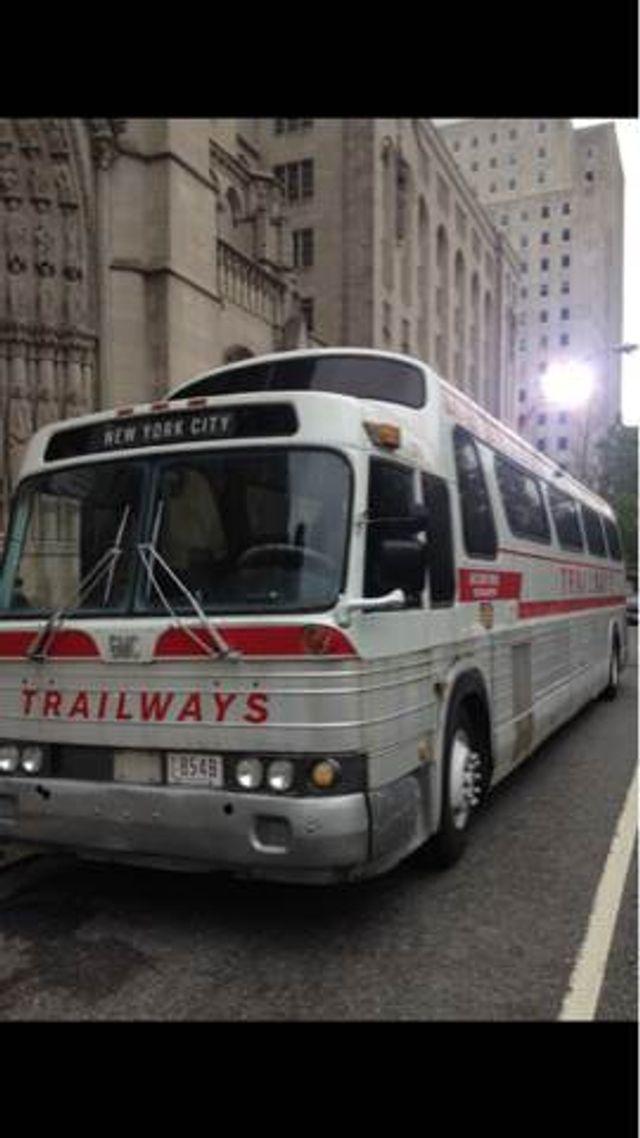 1975 GMC 4905A Trailways