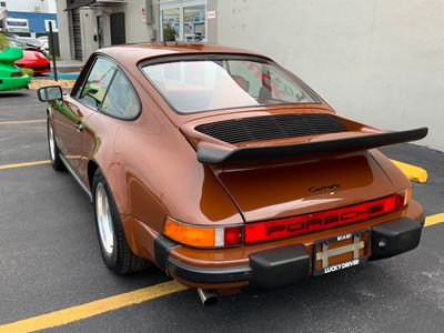 1975 Porsche 911  - Click to see full-size photo viewer