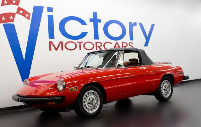 1976 Alfa Romeo Spyder 2000  - Click to see full-size photo viewer
