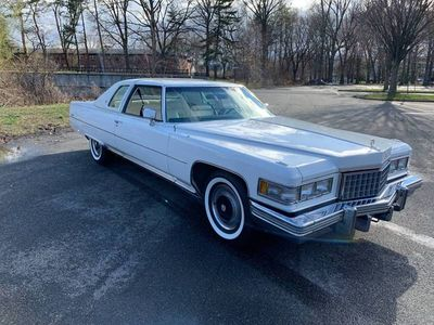 1976 Cadillac DeVille  - Click to see full-size photo viewer