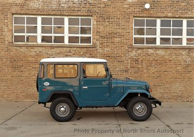 1976 Toyota Land Cruiser FJ 40 LANDCRUISER FJ40 Convertible