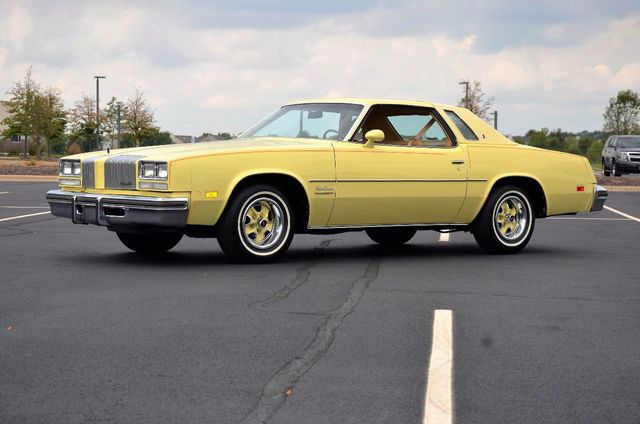 1977 Oldsmobile Cutlass Supreme  - Click to see full-size photo viewer
