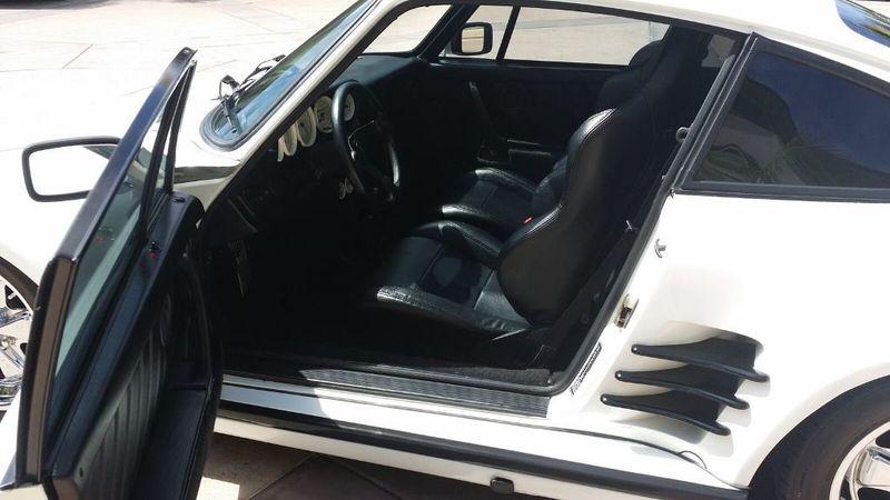 1977 Porsche 911 COUPE  - 14122888 - 17