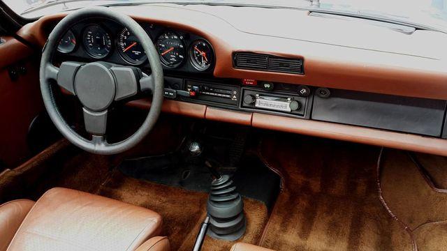 1977 Porsche 911S Targa Porsche 911S Targa - 15145321 - 24