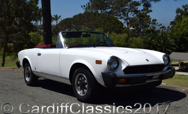 1980 Fiat 124- 2000 Convertible  - Click to see full-size photo viewer