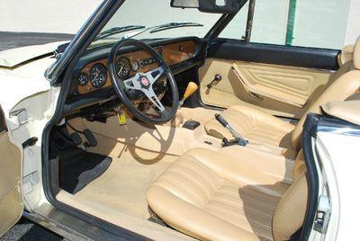 1980 FIAT Spider 2000 - Click to see full-size photo viewer