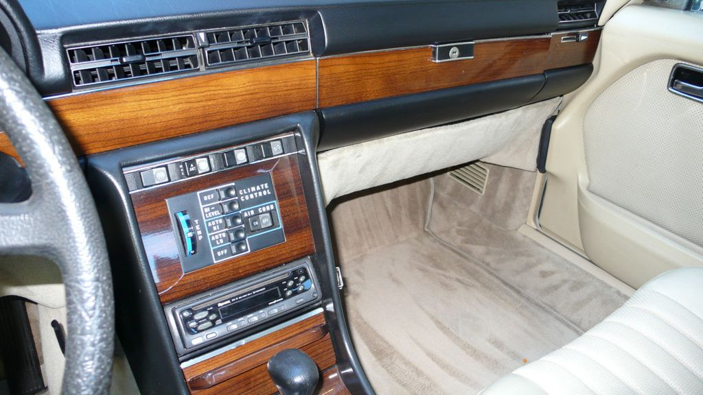 1980 Mercedes-Benz 300SD  - 15539293 - 17