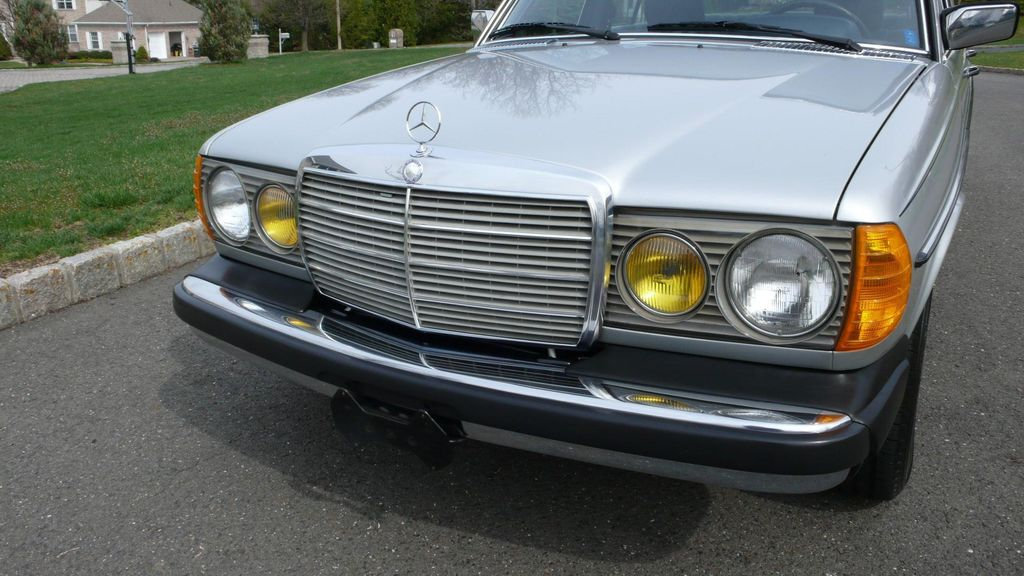 1982 used mercedes benz 300 td at find great cars serving for Mercedes benz 300 td