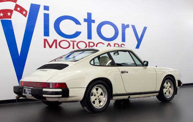 1982 Porsche 911 SC - Click to see full-size photo viewer