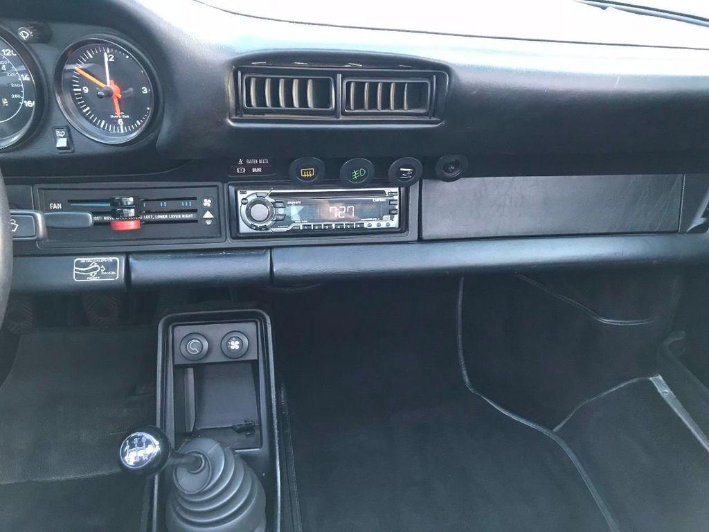 1982 Porsche 911 SC  - 16408389 - 67