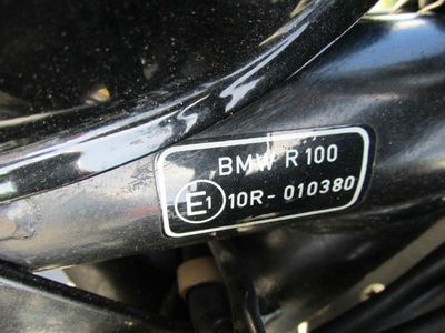 1983 BMW R 100  - Click to see full-size photo viewer