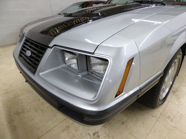 1983 Ford Mustang GT CONV V8 5 SPEED VERY RARE  - Click to see full-size photo viewer