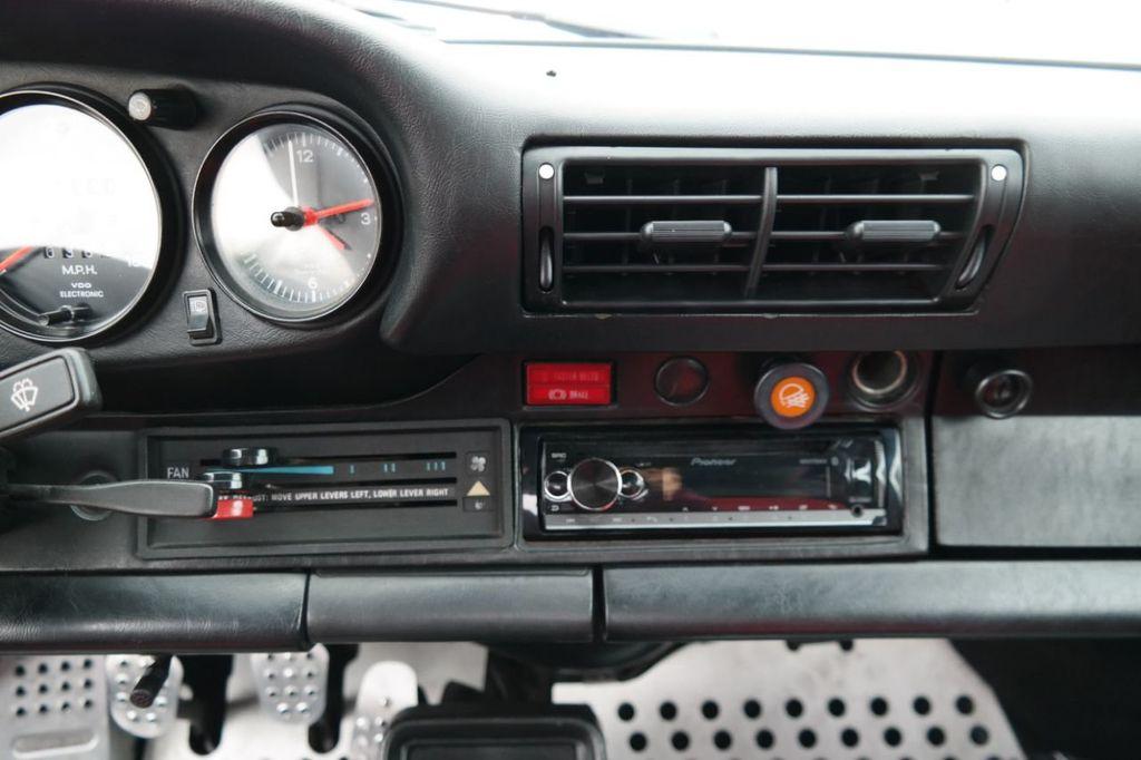 1983 Porsche 911 SC - 17546999 - 15