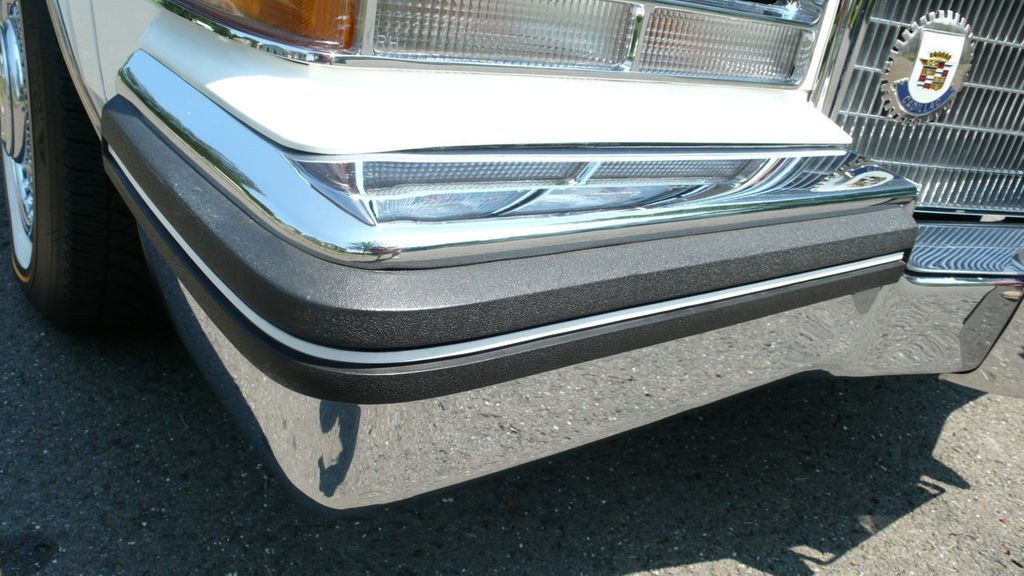1984 Cadillac Seville Base Trim - 16693963 - 39