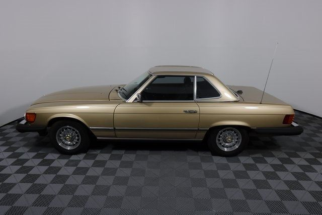 1984 Mercedes-Benz 380 SL Not Specified - WDBBA45A1EA011250 - 4