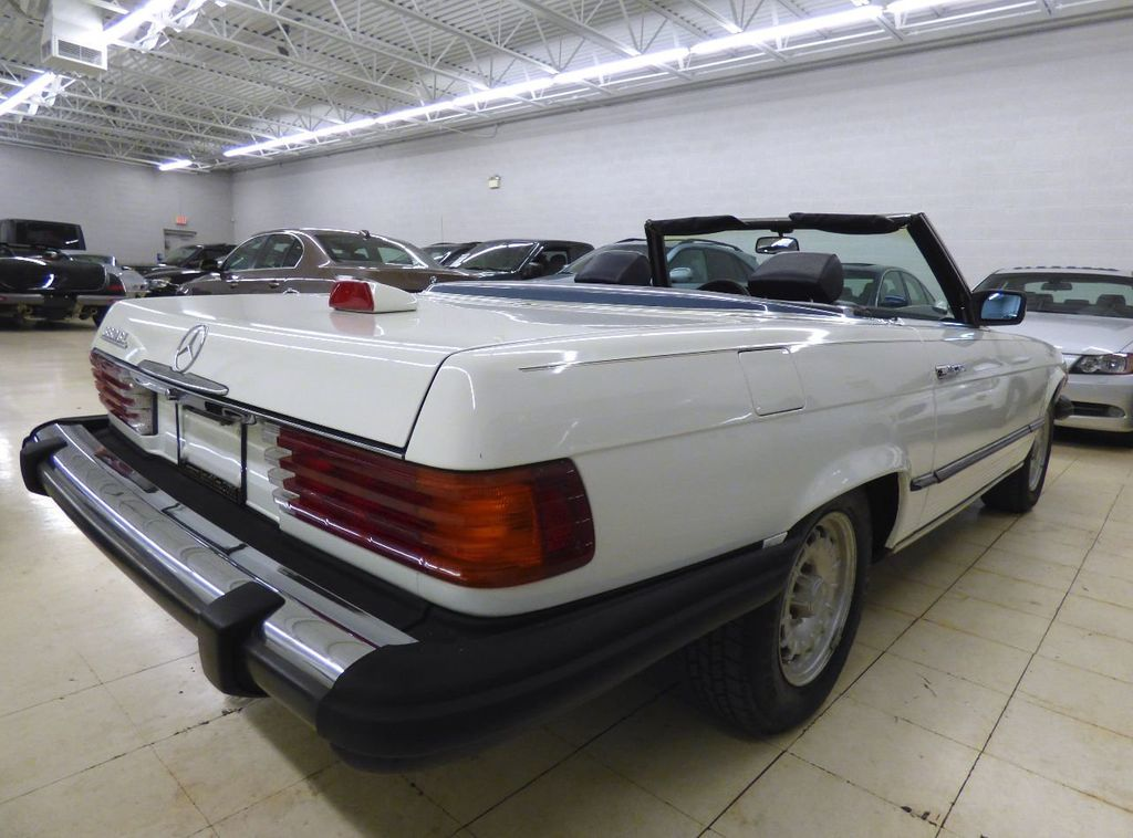 1984 Mercedes-Benz 380 SL Not Specified - WDBBA45A1EA011796 - 17