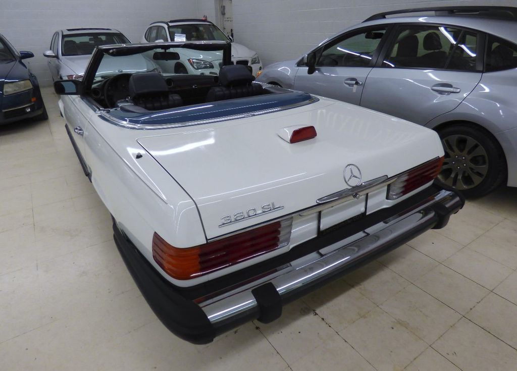 1984 Mercedes-Benz 380 SL Not Specified - WDBBA45A1EA011796 - 23