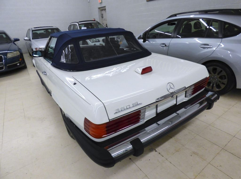 1984 Mercedes-Benz 380 SL Not Specified - WDBBA45A1EA011796 - 25