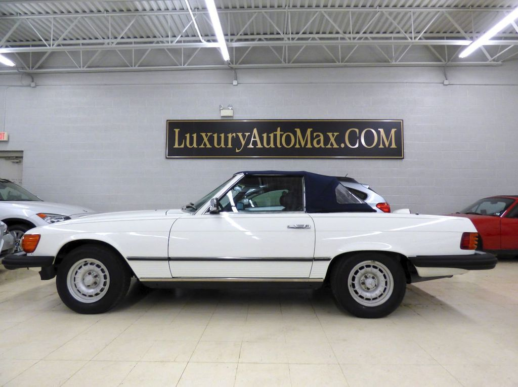 1984 Mercedes-Benz 380 SL Not Specified - WDBBA45A1EA011796 - 3